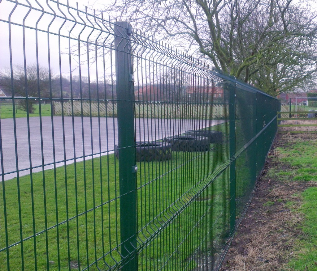 V Profile Mesh Fencing